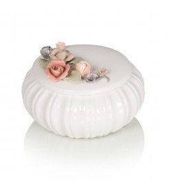 Декоративная шкатулка с цветком